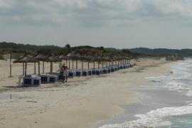 An der Playa de Sa Ràpita (Campos) laufen nach der Lizenzvergabe die Vorbereitung für die Sommersaison auf Hochtouren.