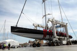 Koloss mit zweitlängstem Mast der Welt