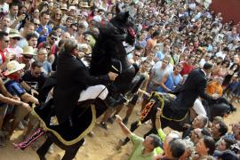 Folklorefest mit Pferden auf Mallorca Schwesterinsel Menorca.