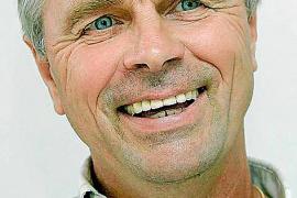 Bernard Dietz wird Rudi Völlers Nachfolger