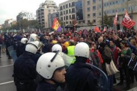 Die Streikenden blockierten zeitweise die Verkehrsader Avenidas in Palma.