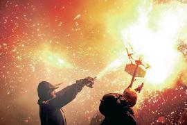 Am Mittwoch, 16. Januar, sind inselweit Dämonenkostüme und Feuereffekte angesagt.