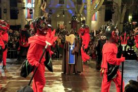 Die Versuchung des Heiligen Antonius durch die Teufel.