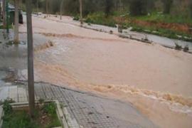 Ganze Straßenzüge standen zeitweilig unter Wasser.