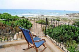 Blick von der Terrasse einer der Herbergen auf der Levante-Halbinsel bei Artà.