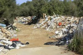 """Bauschutt in der Landschaft: Polizei auf Mallorca spürt illegalen """"Entsorger"""" auf"""