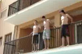 Bilanz 2012: 30 Insel-Urlauber vom Balkon gestürzt