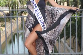 Verónica Hernández im Sommer 2009 als frischgekürte Miss Baleares am Passeig Mallorca.
