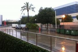 Regen erobert Mallorca mit Blitz und Donner