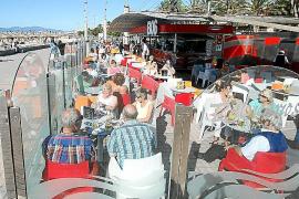 Der Strandkiosk Balneario im November 2013.