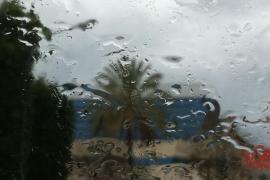 Wochenende mit Regenwolken