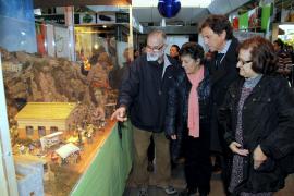 Palmas Bürgermeister eröffnet Krippen-Saison