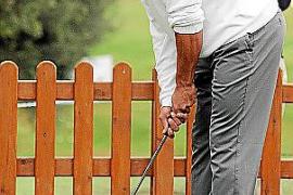 Rafael Nadal beim Golf-Training am Rande eines früheren Pro-Am-Turniers auf dem Platz von Pula-Golf.