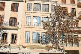 In diesem Haus an der Plaça d'es Cos lebte Nadal mit seiner Familie. Opa Rafa wohnt heute noch da.