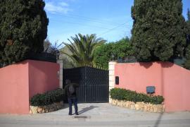 Polizei vermutet, Einbrecher kannten das Haus des Schweizers