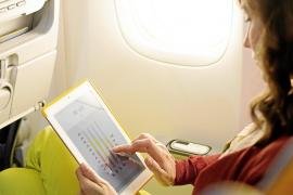 Im Flieger: Das Handy darf anbleiben
