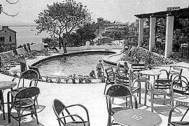 Der Pool des Hotels California in den 1950er Jahren.