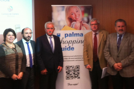 Diverse Verbands- und Behördenvertreter präsentierten die Gratis-App.