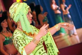Bauchtänzerin Viviane Da Silva Andrade, mit dem Künstlernamen Helwa, ist in ihrem Element.