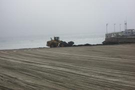Strand wird sommerfein gemacht