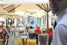 Die Terrasse der Bar Bosch ist einer der beliebtesten Treffpunkte in Palma.