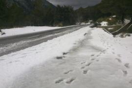 Schnee im Tramuntana-Gebirge am Mittwochmorgen.