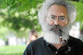 Wärter Javier Pérez de Arévalo hat eine Doktorarbeit über die Leuchttürme geschrieben.