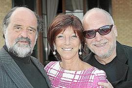 Tochter Silvia mit den Opernstars Kurt Rydl (l.) und Falk Struckmann.
