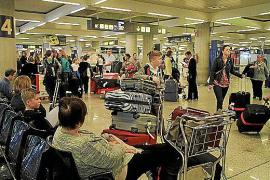 Zu Ostern herrschte noch Hochbetrieb auf Mallorcas Flughafen.