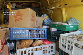 Verdorbene Lebensmittel an Bord eines Lasters im Hafen von Palma de Mallorca.