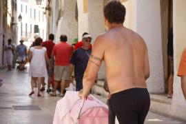 Verordnung gegen Nacktheit kommt im Juni