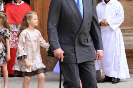 Spaniens König Juan Carlos dankt zugunsten von Felipe ab