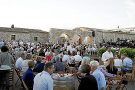 Klassik, Gitarre und Wein am 2. August