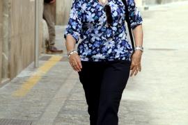 Königin Sofia beim Stadtbummel in Palma de Mallorca.