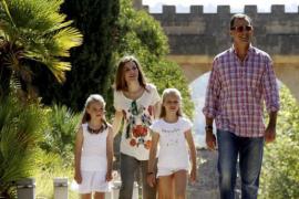 Königsfamilie besucht Raixa