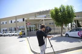 Die Medien verfolgen den Polizeiskandal im Südwesten Mallorcas.