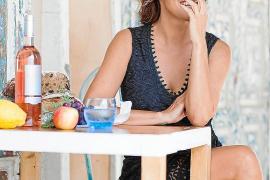 Sonja Kirchberger auf ihrer Restaurantterrasse in Palma de Mallorca.
