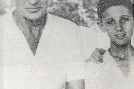 Gary Cooper mit dem zehn Jahre alten Eugenio Molina.