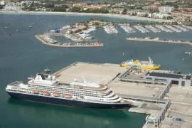 Mehr Kreuzfahrtschiffe in Port d'Alcúdia