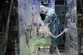 Einlieferung eines Ebola-Verdachtsfalles im Krankenhaus Son Espases auf Mallorca.