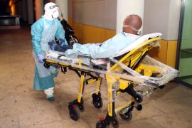 Einlieferung eines Ebola-Verdachtsfalls im Krankenhaus auf Mallorca.