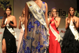Auch Alexia Petrou aus Andratx sah in ihrem Abendkleid hinreißend aus.