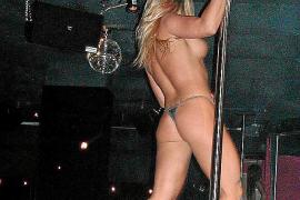 Betrüger nehmen Striptease-Kunden aus