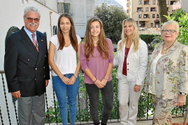 Mallorcas erste Abiturientinnen