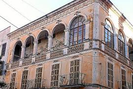 Historisch und heruntergekommen: In dem einstigen Hostal Jacinto, gleich bei der Kirche an der Plaça Weyler, übernachteten anges