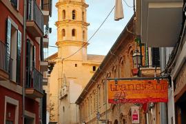 Wie so oft in Palma: Stets eine Kirche im Blick.