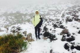 Schnee auf den Gipfeln