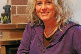 Fiktion und Erlebtes: Gabriela Frosts Debütroman