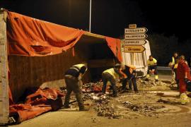 Lastwagen mit Müll aus Irland umgekippt