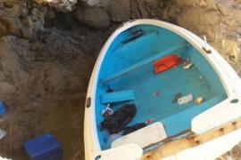 Bootsflüchtlinge in Cala Figuera gelandet